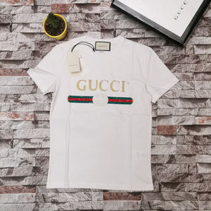 59fa6a43a Men Gucci Tee Shirt on Poshmark